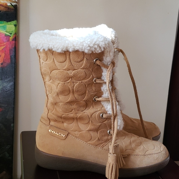 """Coach leather boots """"tuesday"""" brown sherpa emboss"""